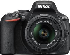 Nikon D5500 DSLR Camera (AF-S 18-55mm VR II Kit Lens)
