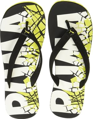 6efce2b3a7bd1 Puma Men s Pop Art II Flip Flops Thong Sandals