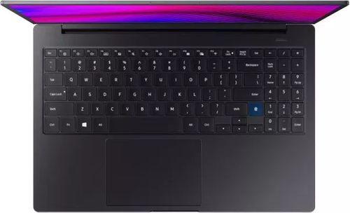 Samsung Notebook 7 13 Laptop (8th Gen Core i5/ 8GB/ 256GB SSD/ Win10)