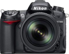 Nikon D7000 16.2MP DSLR Camera (Nikon 18-140mm f/3.5-5.6G ED VR AF-S DX Lens)