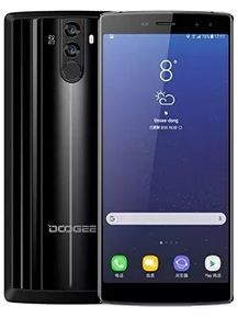 Energizer Power Max P18K Pop vs Doogee BL12000