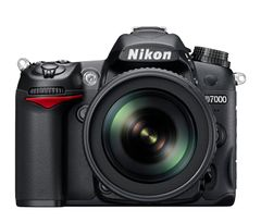 Nikon D7000 Digital SLR Camera + 4 Lens Kit: 18-55mm VR + 70-300mm +32GB Kit