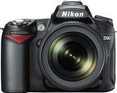 Nikon D90 DSLR Camera (AF-S 18-105mm VR Lens)
