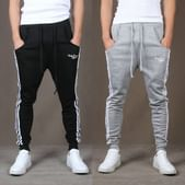 Cloth Theory Men's Relaxed Fit Joggers: Under Rs. 499