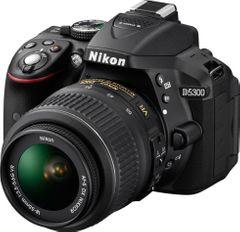 Nikon D5300 DSLR (AF-S 18-55mm VR Kit Lens)